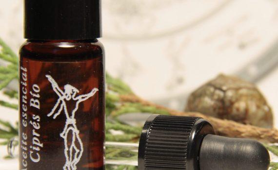aceites esenciales, aceite esencial de ciprés